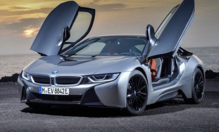 """BMW """"vret"""" i8 në prill"""