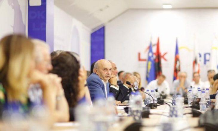 LDK e kundërshton VV, kaq ministri do partia e Isa Mustafës