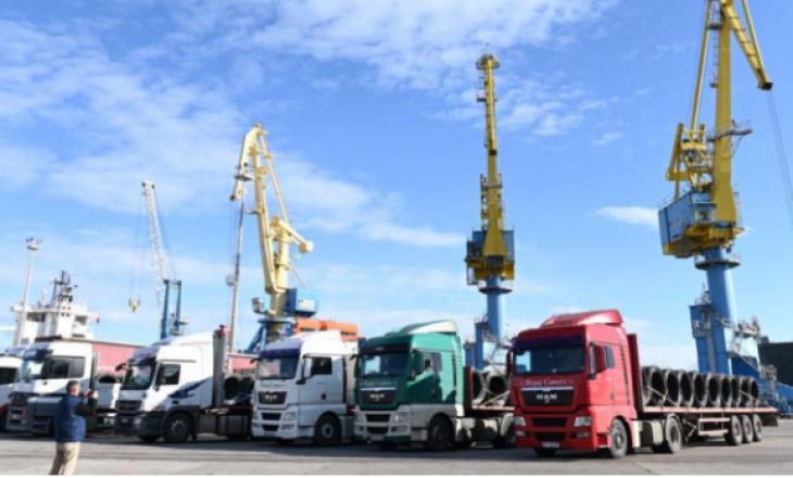 Dyfishohet përpunimi i mallrave nga Porti i Durrësit drejt Kosovës