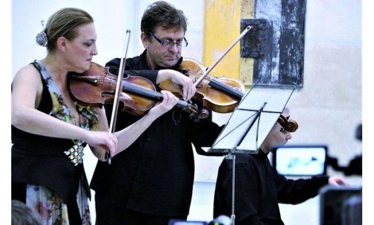 Violinisti shqiptar refuzon fondet që ia ndau Ministria e Kulturës – Vetëm 1954 euro për Festival të Muzikës Klasike