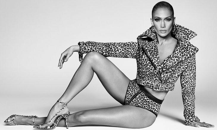 Është 50-vjeçare por me këto fotografi Jennifer Lopez duket si 20 vjeçe