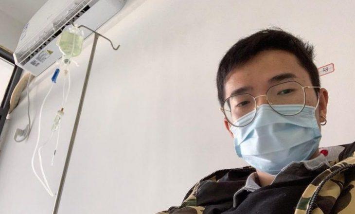 Rrëfimi i të riut kinez që fitoi betejën me virusin vdekjeprurës