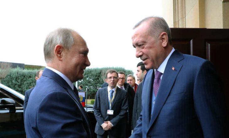 Putin dhe Erdogan diskutojnë për situatën në Siri