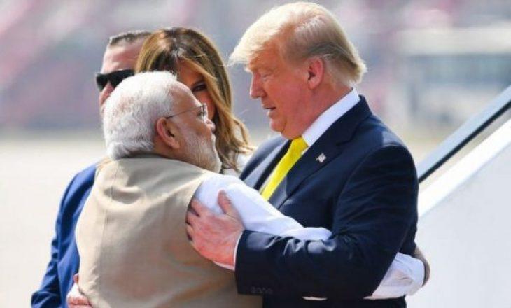 Trump e nis vizitën e parë zyrtare në Indi