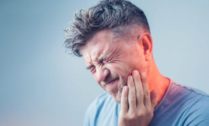 5 dhimbje shqetësuese që ju bëjnë të mendoni se keni probleme me dhëmbët
