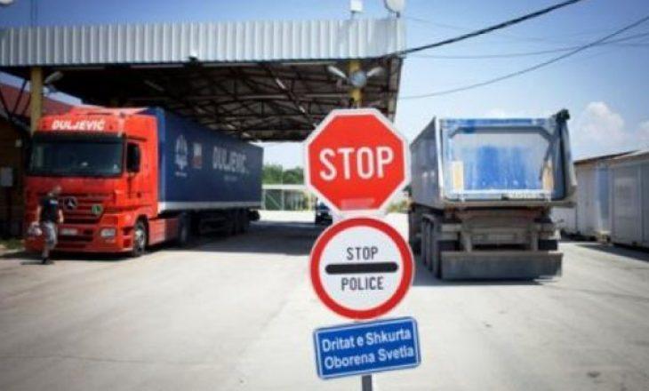 Kompania iraniane në listën e zezë të BE-së e ShBA-së – Dogana ndalon dy kamionë me vajra në Mitrovicë