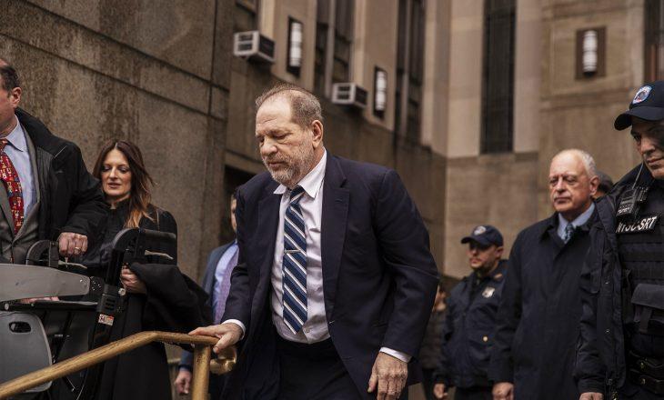 Shpallet fajtor Harvey Weinstein