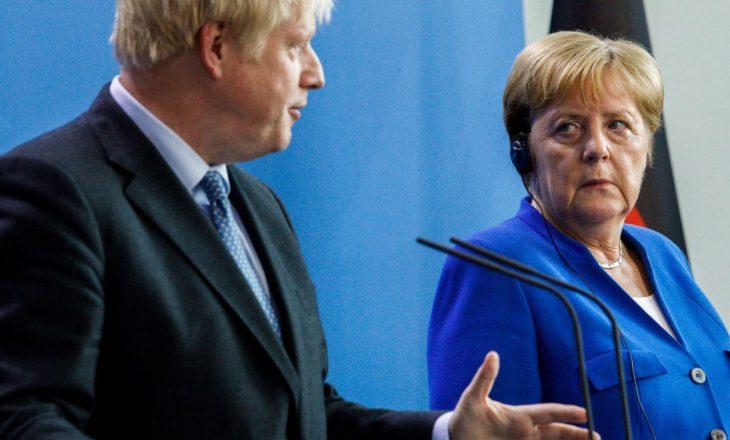 Britania nis bisedimet tregtare me BE, me kërcënimin e ndërprerjes