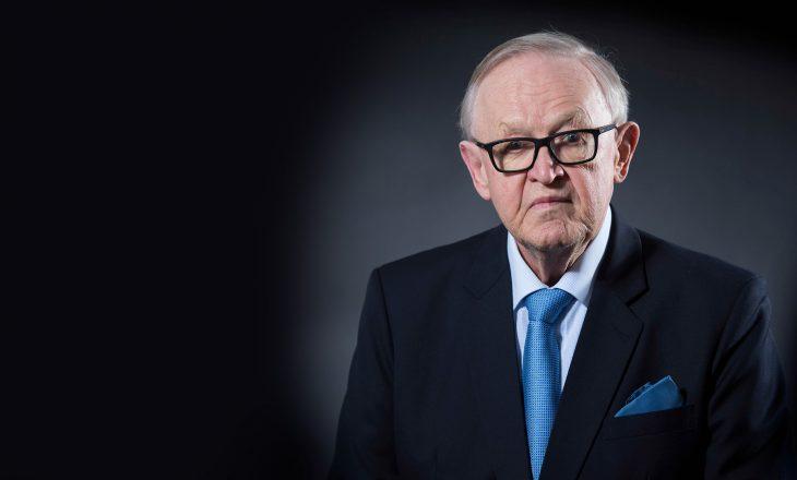 Para 13 vjetësh, Ahtisaari dorëzoi raportin për pavarësinë e Kosovës