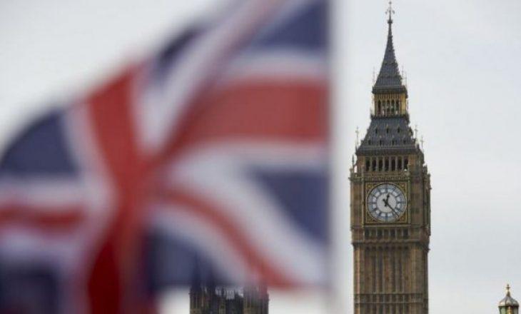 Diplomati britanik vdes pas diagnostikimit me koronavirus