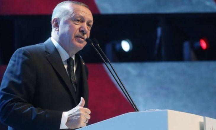 """Erdogan bën premtimin: Turqia do ta """"mposhtë"""" koronavirusin brenda 2-3 javësh"""