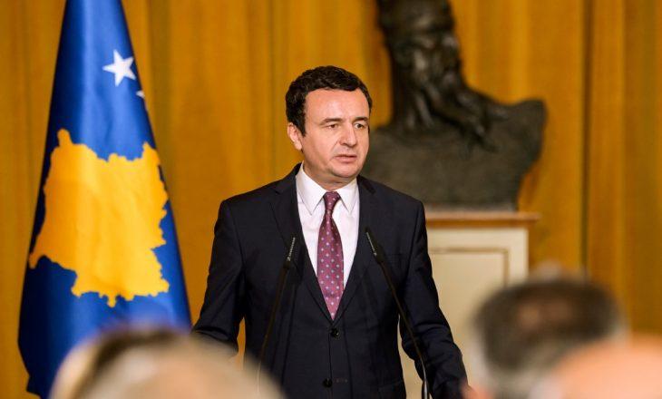 Kurti akuzon të dërguarin e Trump se punon për interesat e Serbisë