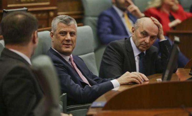 """Kurti flet për """"të fortët e LDK-së"""" dhe """"nënshtrimin e tyre ndaj agjendës së presidentit"""""""