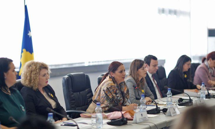 Ministrja Dumoshi: Për barazinë gjinore dhe të drejtat e grave do të angazhohem çdo ditë