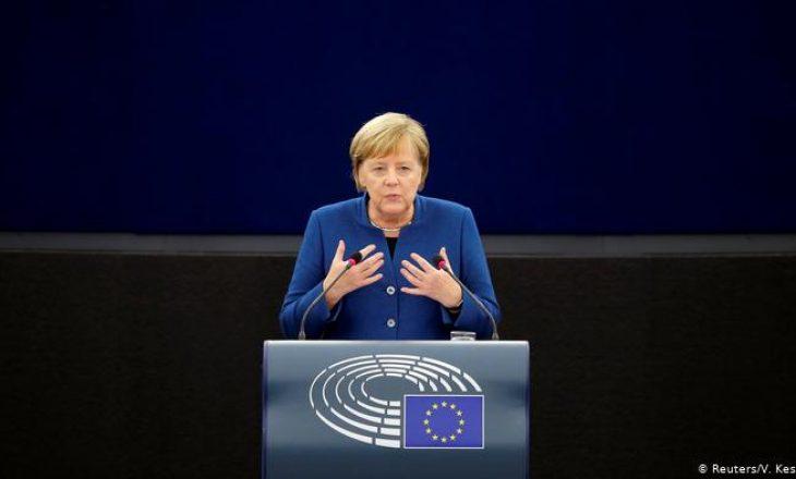 Merkel: OBSH është partner i domosdoshëm në luftën me koronavirusin