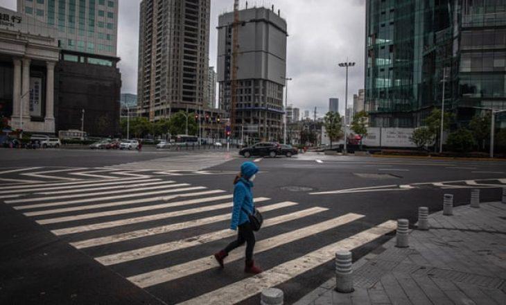 Kina akuzon shkrimtaren pasi tregoi gjendjen me koronavirus në Wuhan – e quajtën jopatriotike