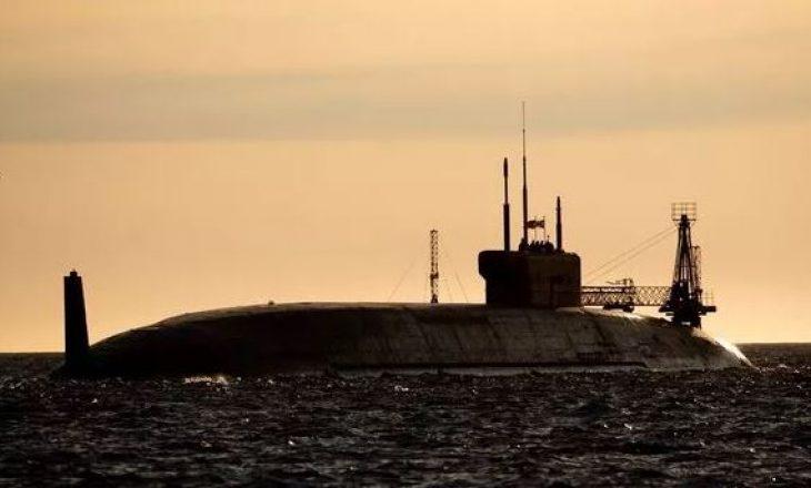 Rusia shton fuqinë ushtarake me super-nëndetësen e re bërthamore