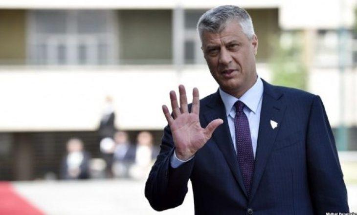 Presidenti i Kosovë Hashim Thaçi falënderon të gjithë ata që e priten pas kthimit nga Haga