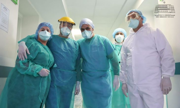 Shërohen edhe dy mjekë që ishin infektuar me koronavirus