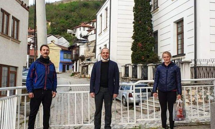 Çifti skocez ngujohet në Prizren për shkak të pandemisë