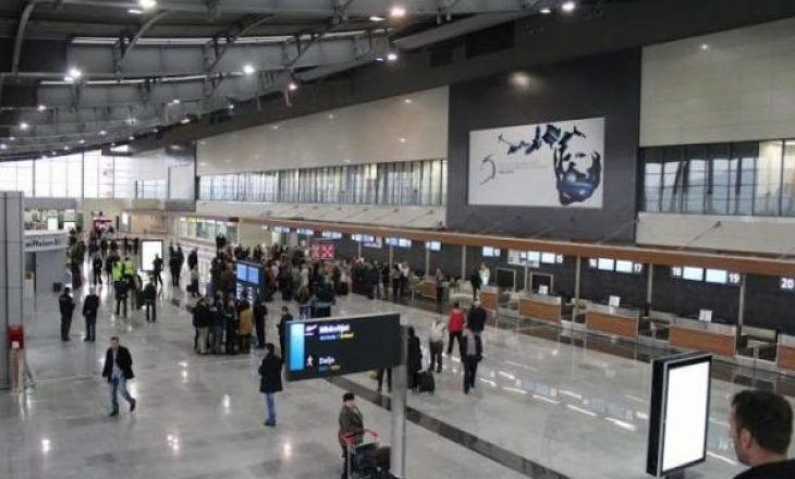 Zvicra prin me numrin e udhëtarëve që vijnë në Kosovë