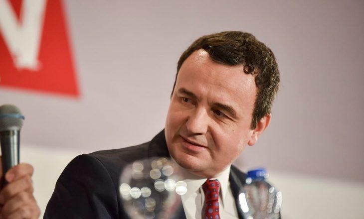 """Kurti e quan Zemajn ministër """"Zezaj"""", poashtu thotë se Thaçi mori karrigen e presidentit në Hagë"""
