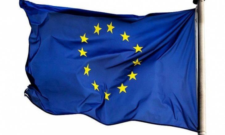 BE prezanton korona-pasaportën turistike