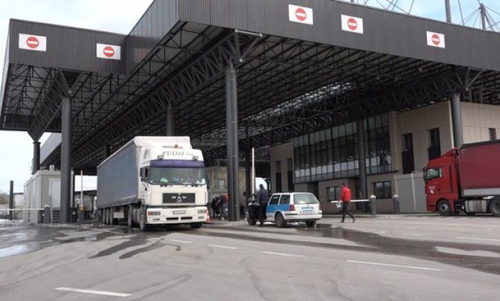 Dogana parandalon 30 tentime të kontrabandimit për dy muaj