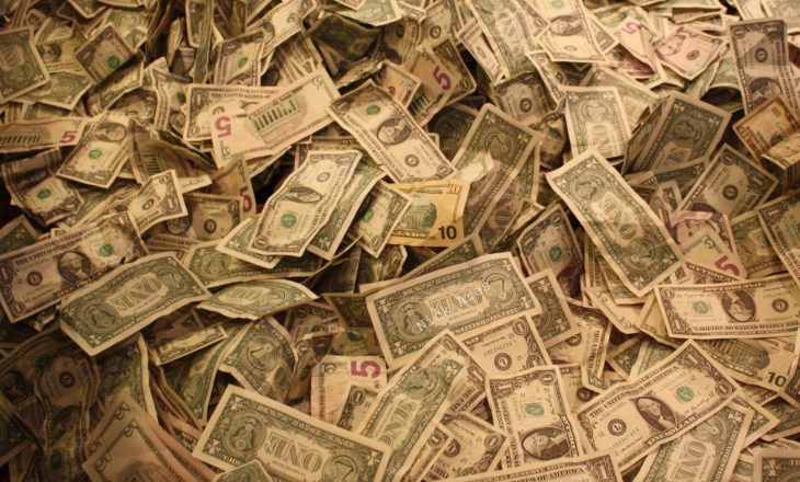 Forbs: Virusi korona ka zvogëluar numrin e miliarderëve