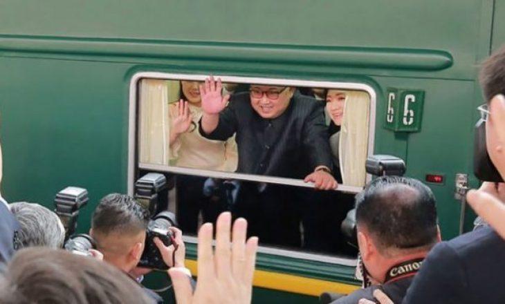 Femra dhe ushqim i shtrenjtë: Misteri i trenit të Kim Jong-un