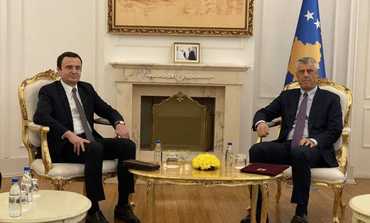 Thaçi i prerë me Kurtin: Dërgoje emrin e mandatarit, shumë shpejt e propozoj kandidatin për Kryeministër