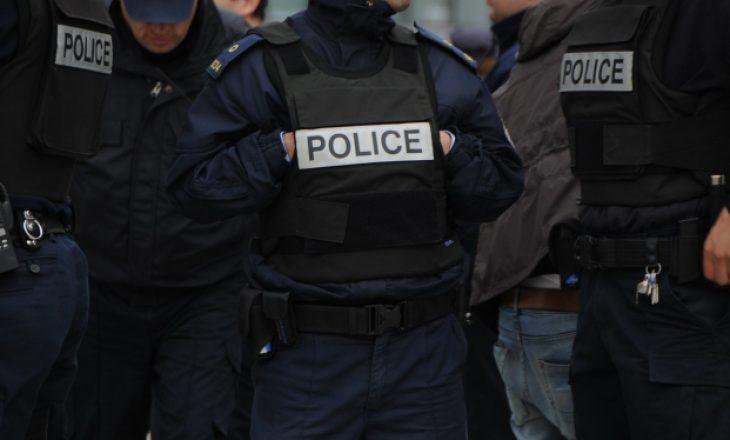 I infektuari nga Skenderaj theu rregullin e karantinimit, policia i vihet në kërkim