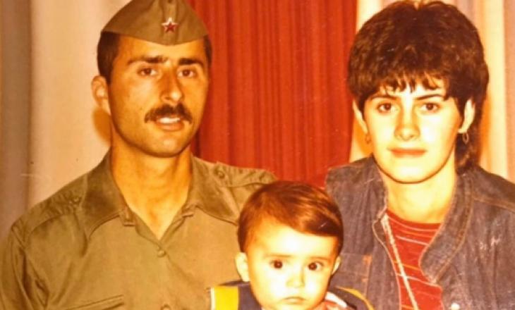 Reperi kosovar nostalgji për fëmijërinë e tij, prezanton prindërit