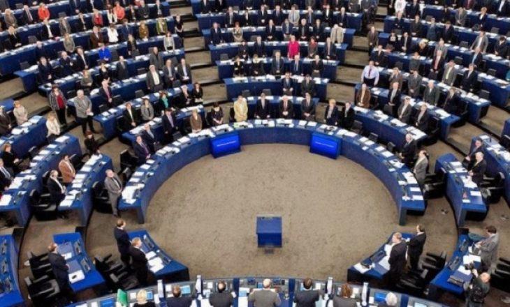 Parlamenti Evropian nesër pritet të miratojë raportin për Kosovën