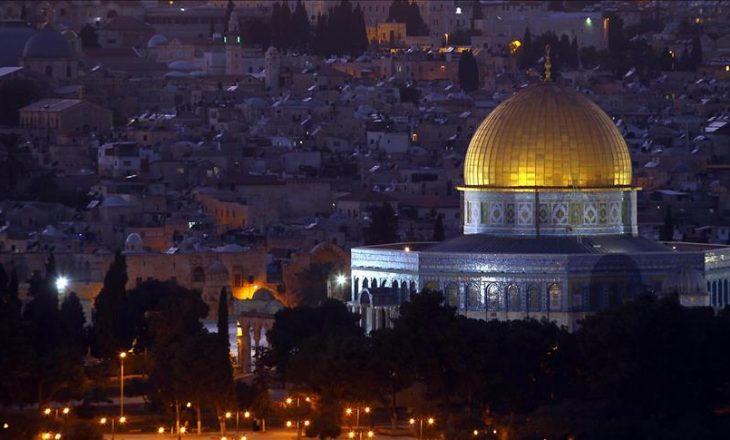 """Xhamia """"Al-Aqsa"""" mbyllet për Ramazan"""