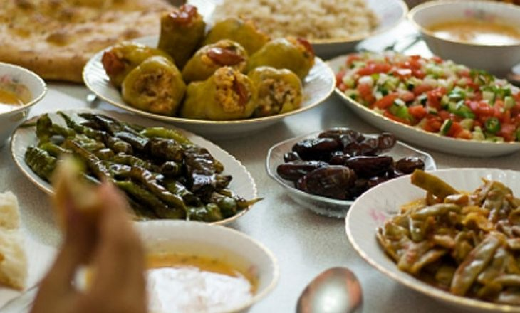 Rëndësia e ushqimit të drejtë në Ramazan nën rrethana izolimi është dhe më e theksuar