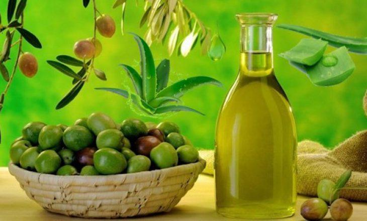 Vaj ulliri dhe aloe vera për një lëkurë të shëndetshme