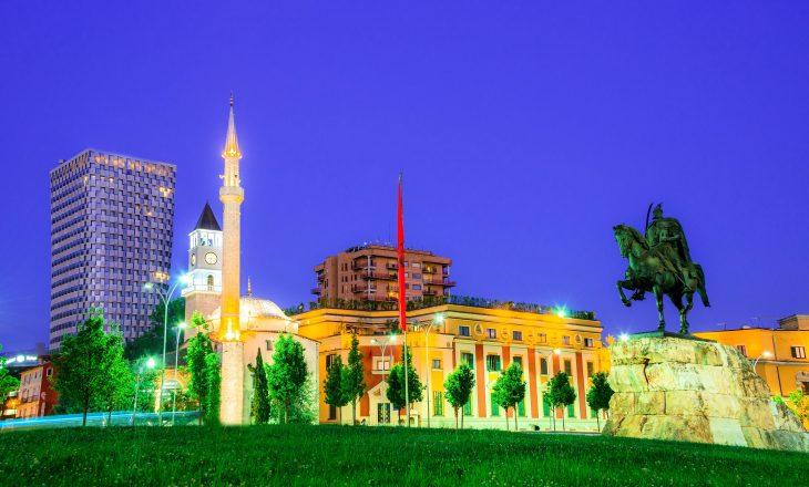 Fundi i gjendjes së jashtëzakonshme, Tirana organizon koncert pak më ndryshe
