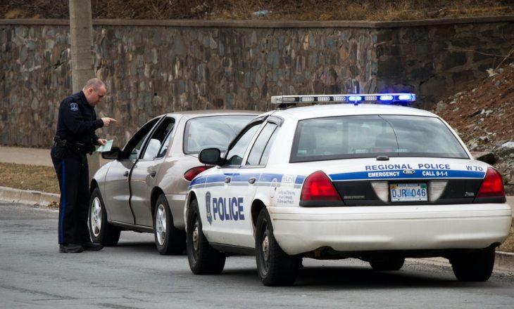 Programi i Apple që incizon ndalesat policore në trafik