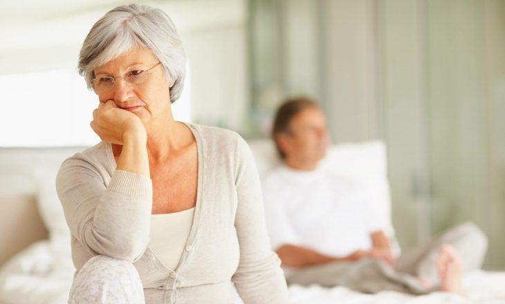 Rreziku i sëmundjes së Alzheimerit është më i lartë te gratë: Ja çfarë duhet të hani