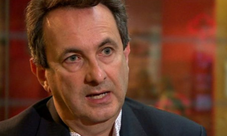 """Gazetari britanik dhe eksperti për Ballkan e quan Avdullah Hotin """"xhuxh politik"""""""