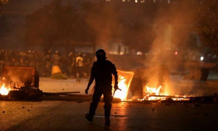 Protesta në rrugë – kriza ekonomike në pandemi