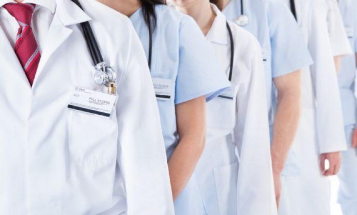 Mjekët po ikin edhe gjatë pandemisë, mbi 100 lëshuan Kosovën në 2020-tën