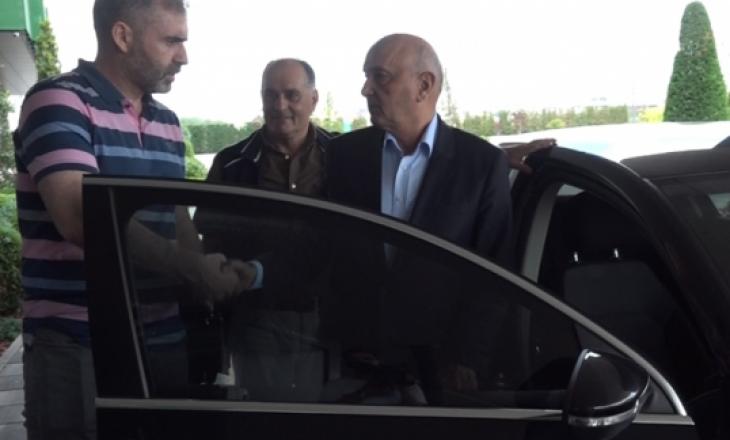 Pas Haradinajt, Mustafa takohet me Limajn