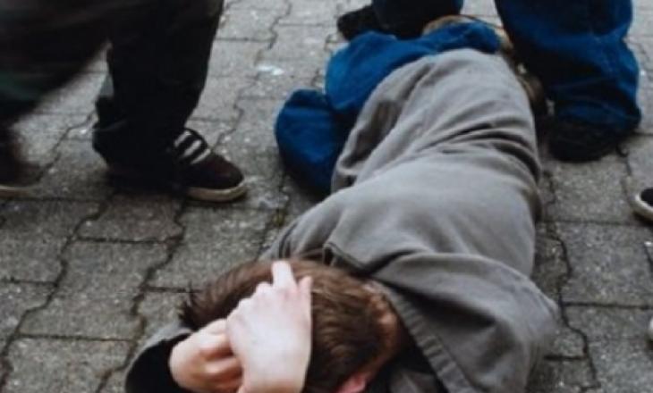 Rrahje në Deçan: Arrestohen katër persona