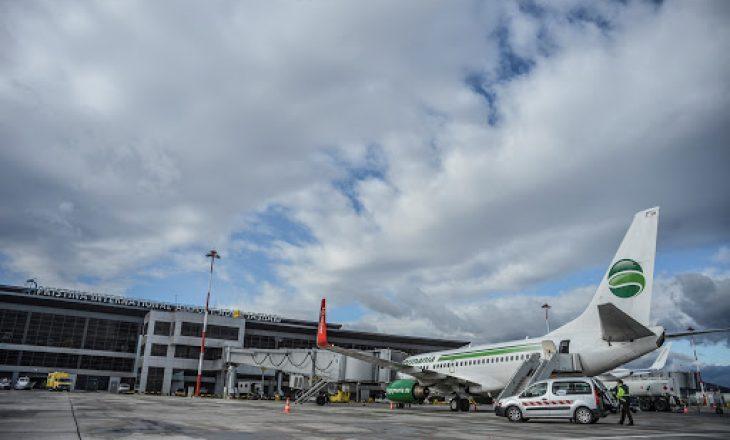 Qeveria merr vendim që të hapen linjat e transporti ajror
