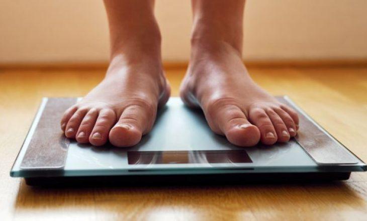 Ofertat me ushqime të pashëndetshme do të ndalohen si masë preventive për lidhjen mes obezitetit dhe Covid 19