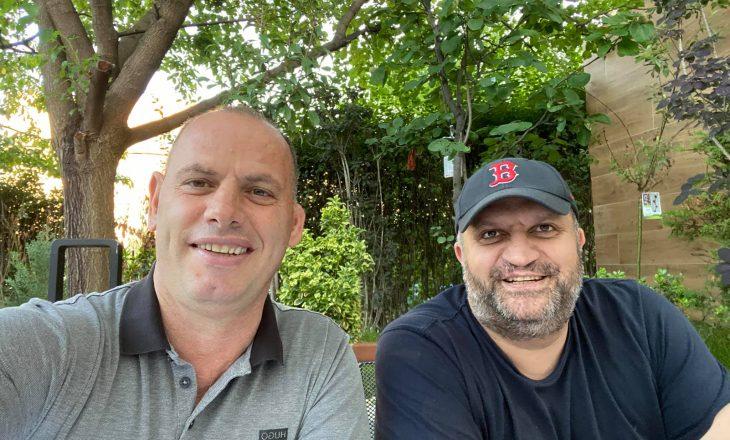 Takohet Ramiz Lladrovci me Shpend Ahmetin – Çajnë hallin e qytetarëve