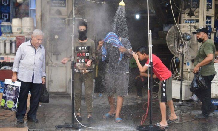 Fotografi: Jeta e përditshme e irakianëve në temperatura 51 gradë celcius