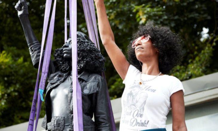 Statuja e Black Lives Matter largohet një ditë pasi është vendosur